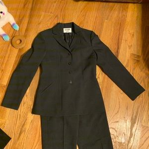 Kasper ASL Sz 6 Suit + AK 6 Pants & 2 Jackets